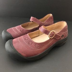 KEEN comfort shoes Mary Janes plum black 8 new